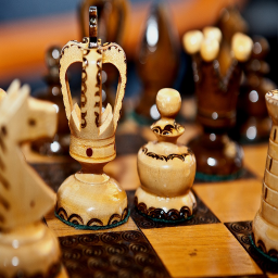 Chess Royale