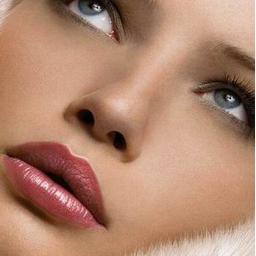 شفاف و جوانسازی پوست صورت