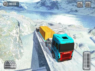 اسکرین شات برنامه Uphill Gold Transporter Truck Drive 8