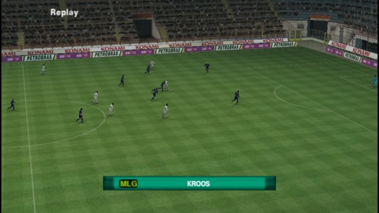 اسکرین شات بازی فوتبال PES 2018 دوربین PS4 1