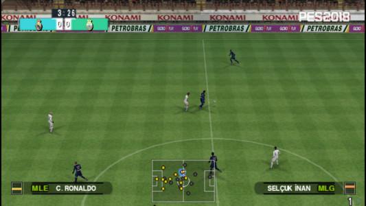 اسکرین شات بازی فوتبال PES 2018 دوربین PS4 4