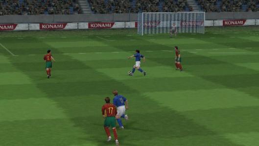 اسکرین شات بازی فوتبال PES 5 3