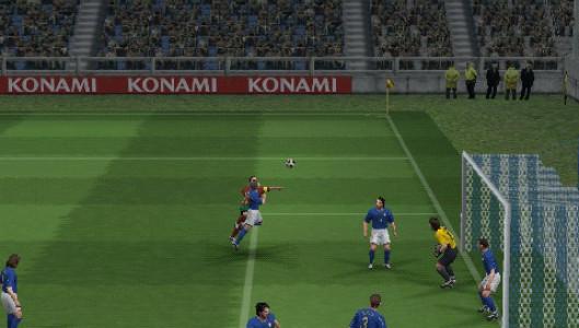 اسکرین شات بازی فوتبال PES 5 5